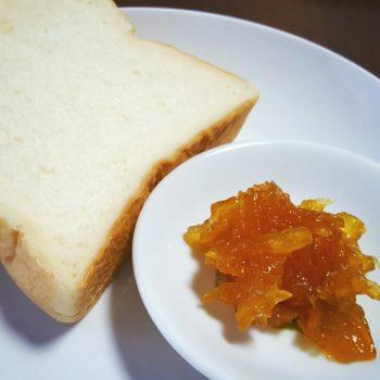 マーマレードと生食パン